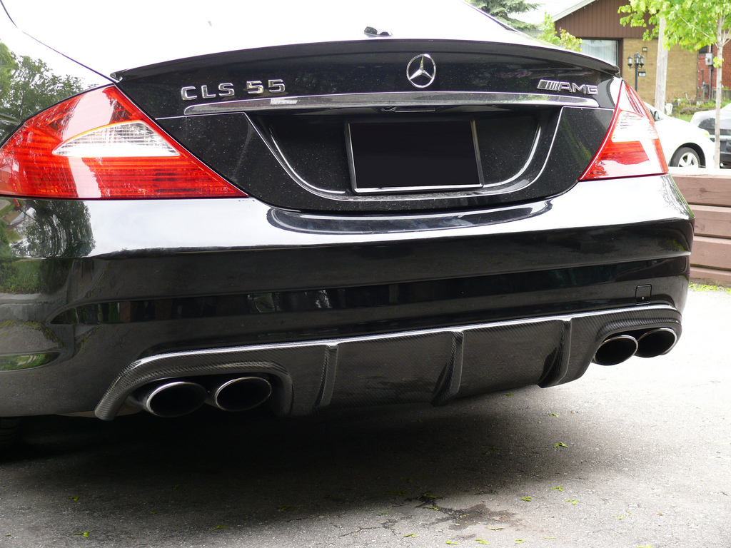 CLS W219 Rear Diffusor In Carbon 2006-2010
